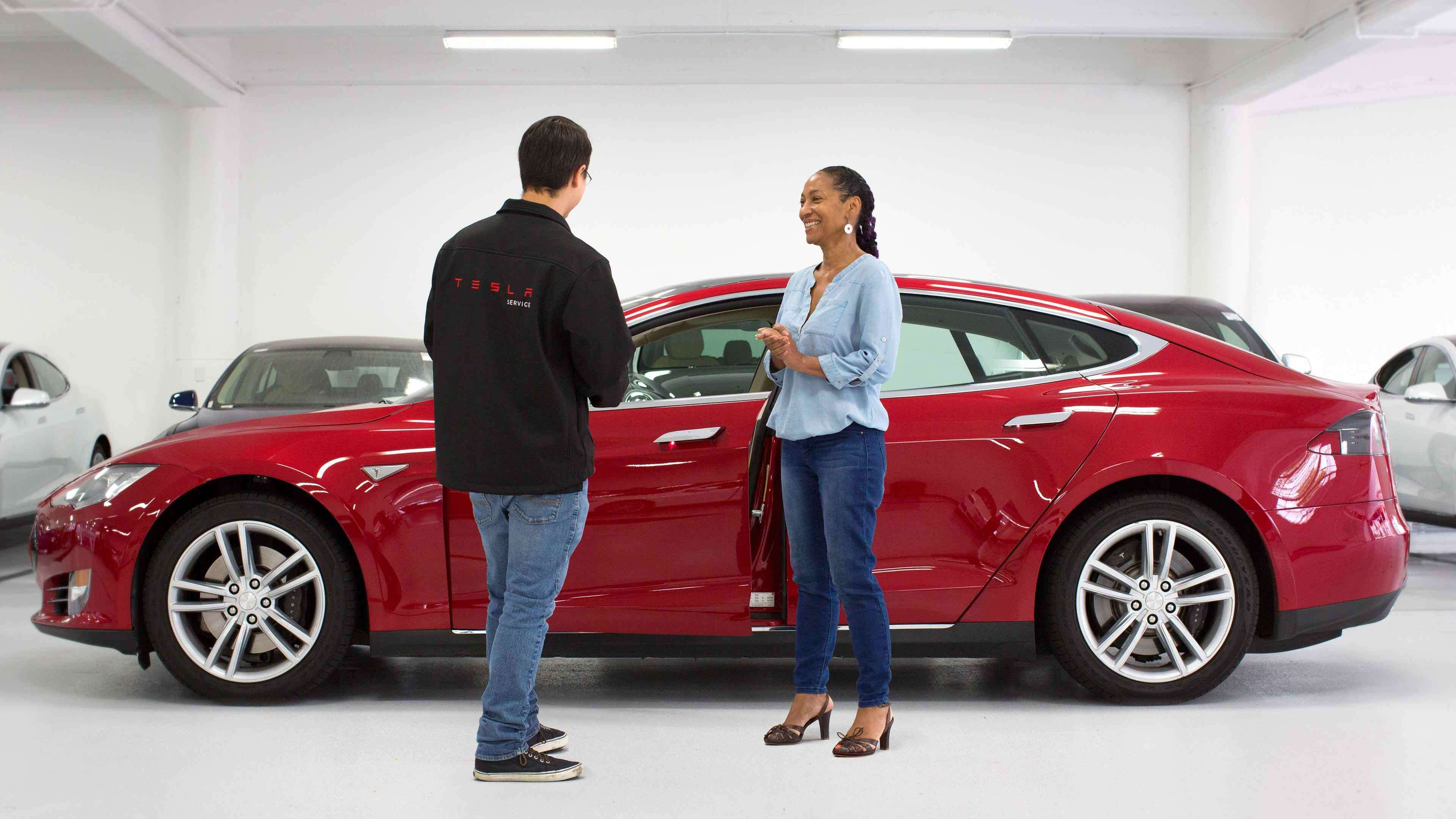 How Tesla Drives Top Customer Experiences