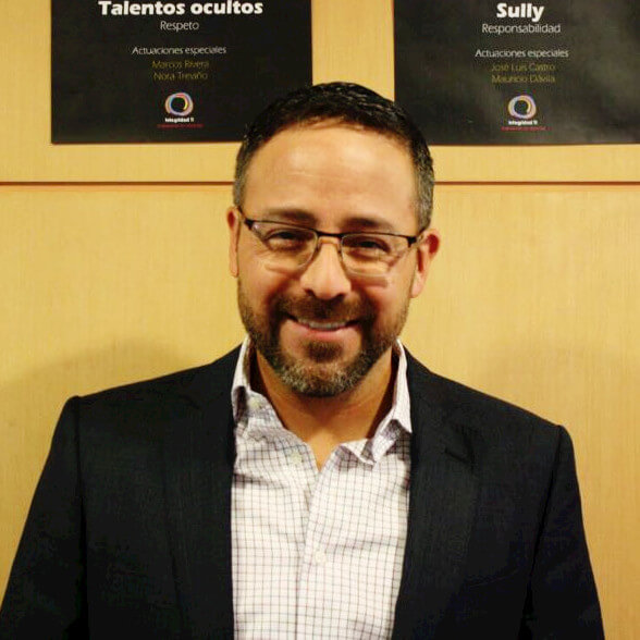 Picture of Mauricio Dávila